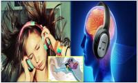 Headphones, Tech